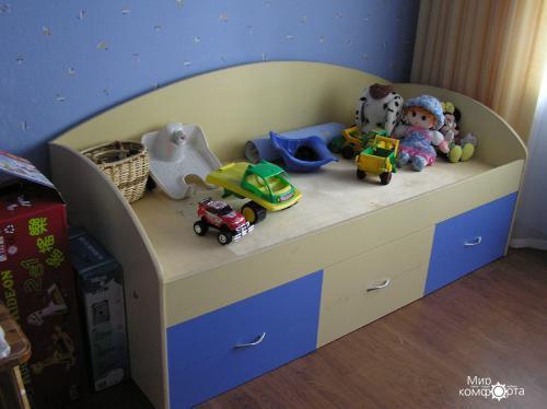 Детская кроватка с выдвижным ящиком | Кровать