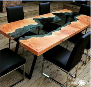 Дизайнерские столы из массива дерева